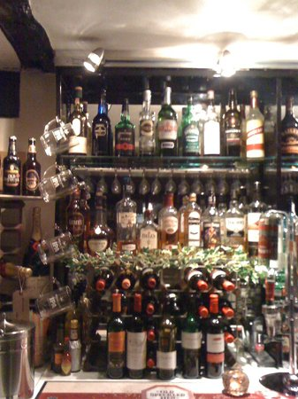 Fully stocked Bar! Well's in Hythe...