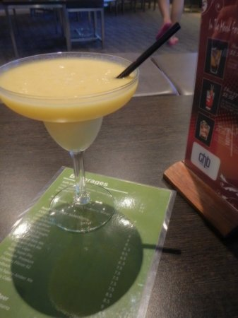 Rydges Esplanade Resort Cairns: Mango margherita