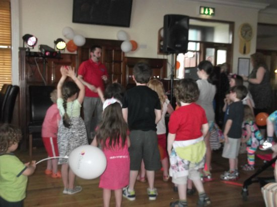 Oranmore, Irlande : Kiddies Disco
