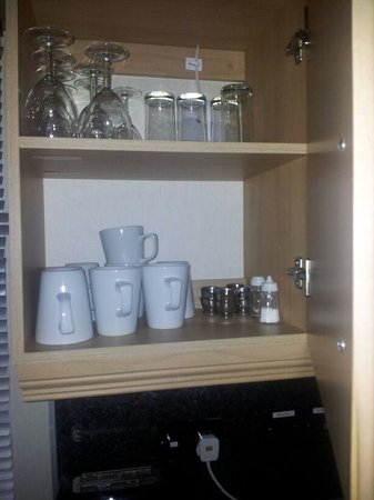 Ty Mawr Holiday Park - Park Resorts: cups