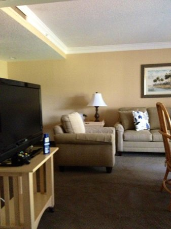 Palm Harbor, FL: Room Pic 2 of 4
