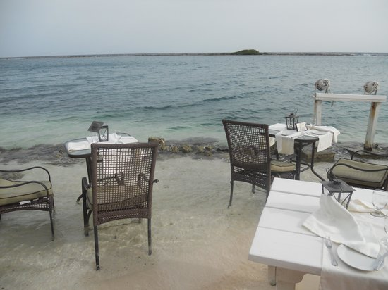 Savaneta, Aruba: Water Dining