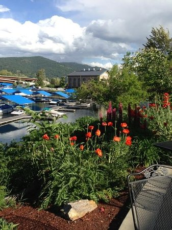 Sandpoint, ID: Patio Views
