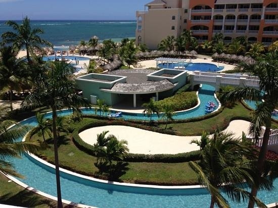 Iberostar Rose Hall Suites: very lazy river