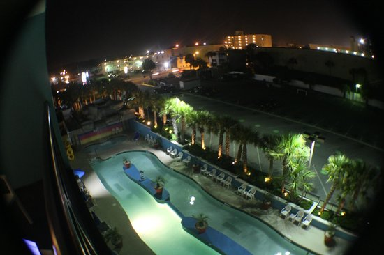 Landmark Resort: Pool Area