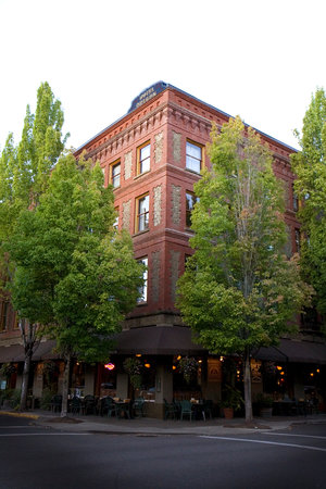 Photo of McMenamins Hotel Oregon McMinnville