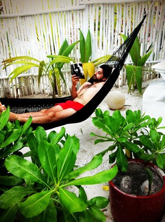 Coco Tulum : Hammocks abound!