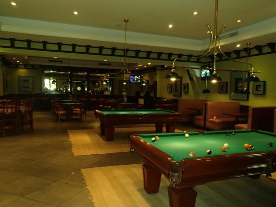 Sports Bar Picture Of Valentin Imperial Maya Playa Del