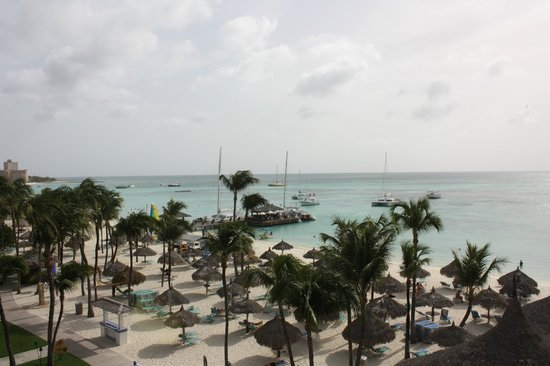 Hyatt Regency Aruba Resort and Casino: Another view from the Sunset Suite on the 4th floor. See the Palapas?