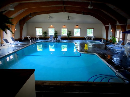 Nantucket Inn: Indoor Pool