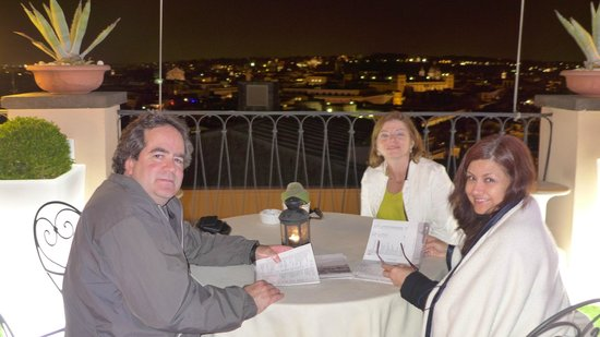 InterContinental de la Ville: Roof top bar