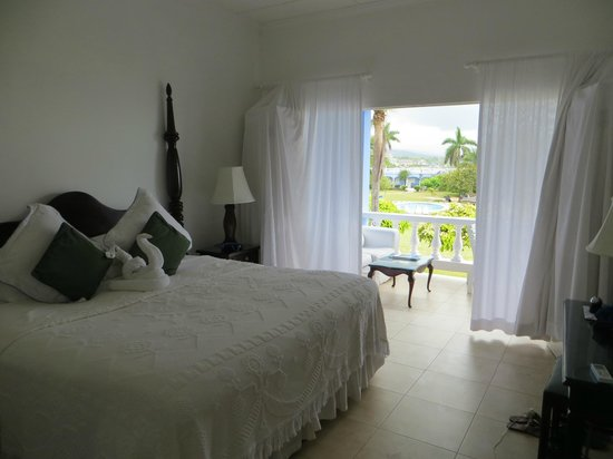 Jamaica Inn: balcony suite