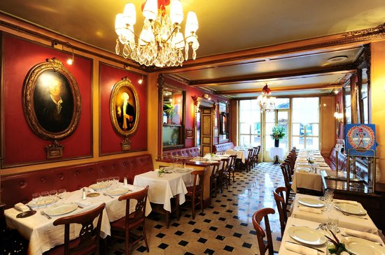 Le procope paris odeon saint michel restaurant for Paris restaurant