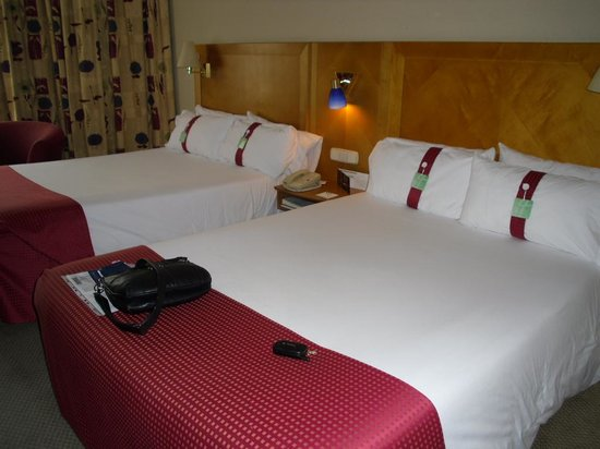 Holiday Inn Madrid: Camas