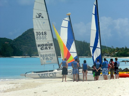 Jolly Beach Resort & Spa: Sailing lesson