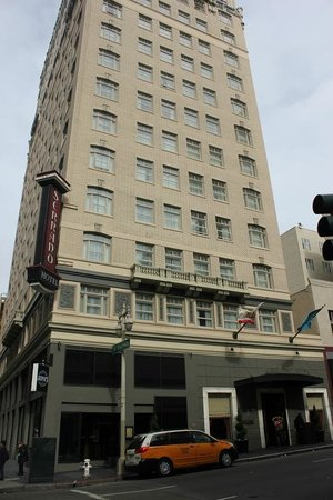 Serrano Hotel - a Kimpton Hotel : The hotel from the outside