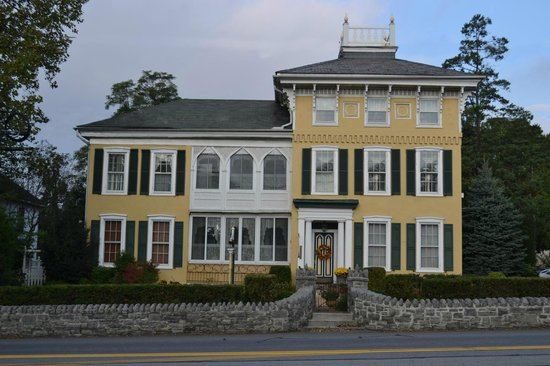 Lovelace Manor Bed Breakfast Marietta Avenue Lancaster Pa