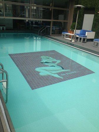 Gansevoort Park Avenue NYC: Rooftop pool