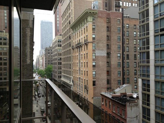 Gansevoort Park Avenue NYC: 29th street towards Madisson av. from room balcony