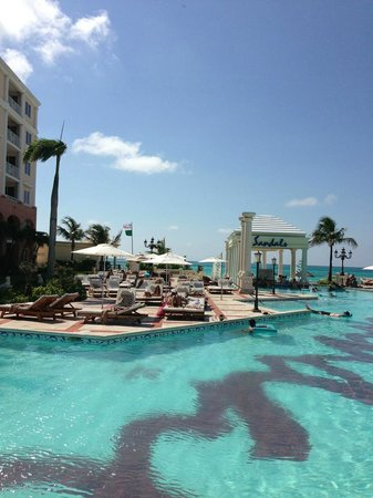 Sandals Royal Bahamian Spa Resort & Offshore Island: How we spent most of our days, relaxing by the pool. Ahh..