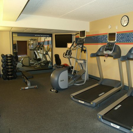 Hampton Inn Fairhope: 24 Hour Fitness Center