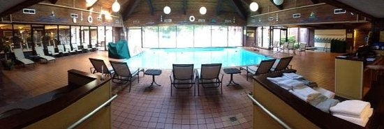 Baltimore Hunt Valley Inn Wyndham Affiliate: pool