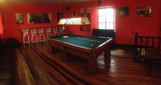 Ecopackers: Pool table