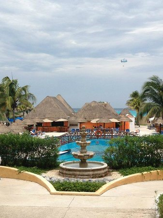 Allegro Playacar: View of the pools and ocean