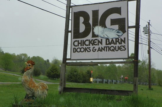 Ellsworth, ME: Big Chicken Barn