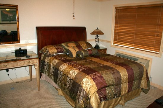 Yellowstone Gateway Inn: Beautiful bedrooms