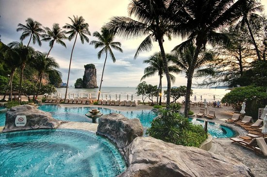 Centara Grand Beach Resort & Villas: A View from the Pool