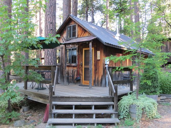 Sunset Inn: Larkspur Cabin vista da fuori