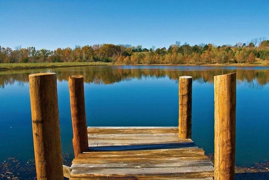 New Haven, MO: The Dock at Cedar Creek's Lake