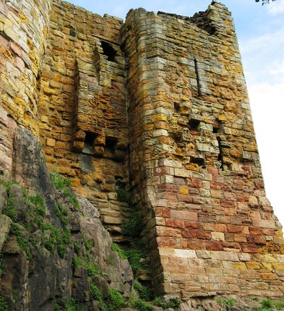 East Lothian, UK: dirleton castle