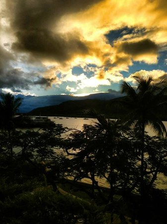 Hilton Cairns: The amazing morning sunrise from the balcony