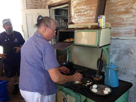 Rodanthe, NC: Island Native show the use of a wood stove
