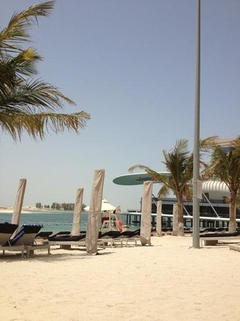 Jumeirah at Etihad Towers: hotel private beach