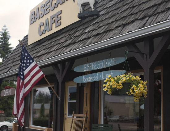 Columbia Falls, MT: Base Camp Cafe