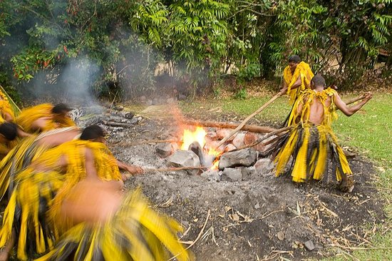 Beqa Island Fiji  city pictures gallery : Beqa Island, Fiji: Beqa Fire Walkers and ancient ceremony