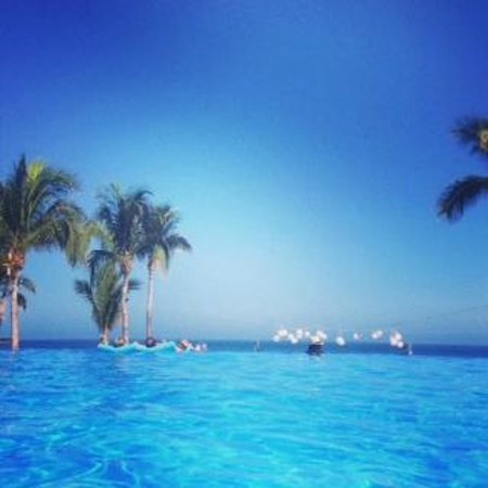 Dreams Los Cabos Suites Golf Resort & Spa: Infinity Pool