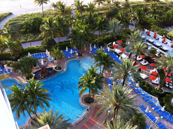 Loews Miami Beach Hotel: Luxury King Suite- view from balcony