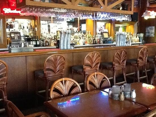 Steinhatchee, FL: Bar area....  VERY NICE....