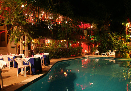 Emerald Garden Resort: Restaurant