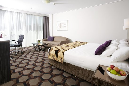 Rydges Capital Hill Canberra: Queen Bed Room
