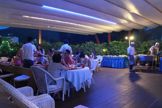 Blue Ocean Resort : BBQ night