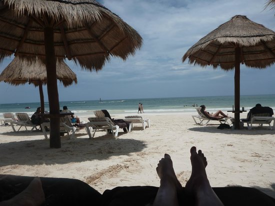Secrets Maroma Beach Riviera Cancun: View from my beach bed