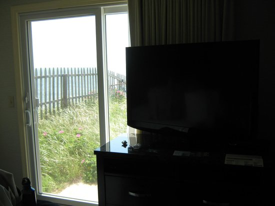 Ocean Mist Beach Hotel & Suites: view from bedroom