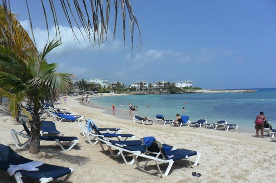 Grand Palladium Jamaica Resort & Spa: La playa cercana a la piscina grande