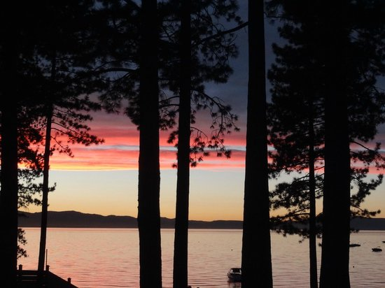 Beach Retreat & Lodge at Tahoe: View from room