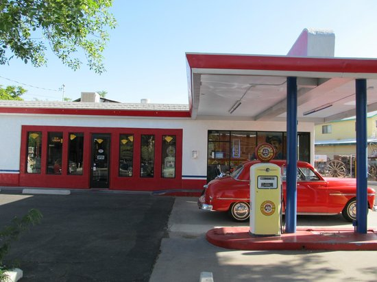 Cottonwood, AZ: Bing's Burger Station front view